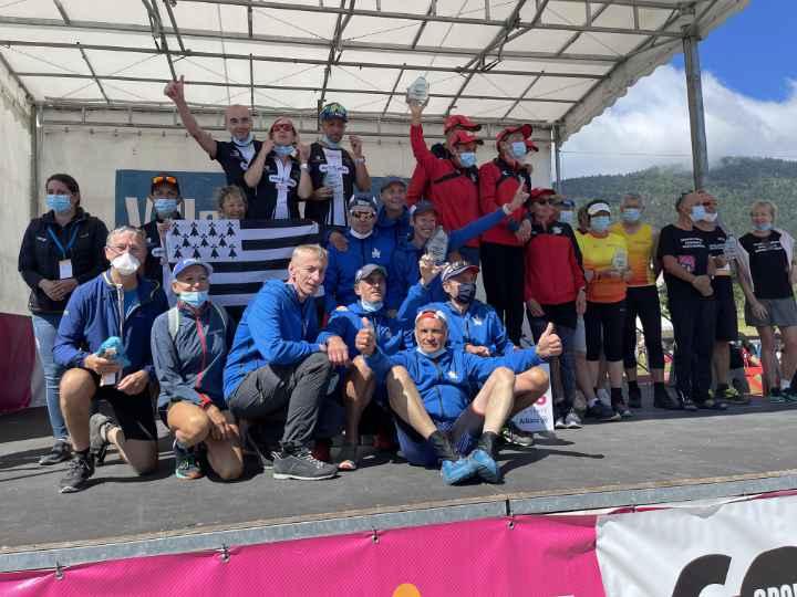Podium des équipes aux championnats de France marche nordique 2021